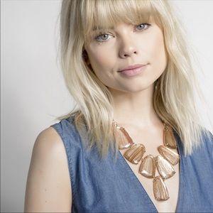 Kendra Scott Harlow statement necklace rose gold